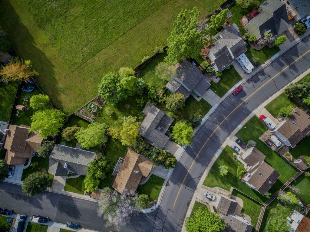 Illinois real estate neighborhood